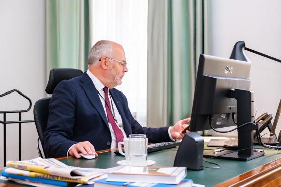 President Karis e-hääletamas kohalike omavalitsuste valimisel